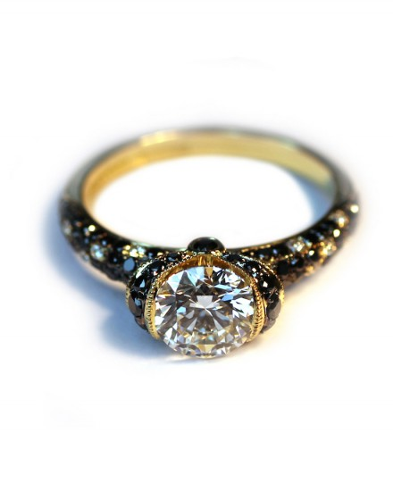 house diamond s engagement white square diamonds and of fine ring rings rose husar halo gold